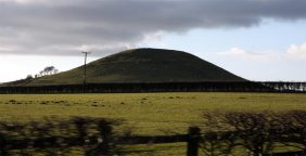 neolithic_mound_on_yorkshire_moors
