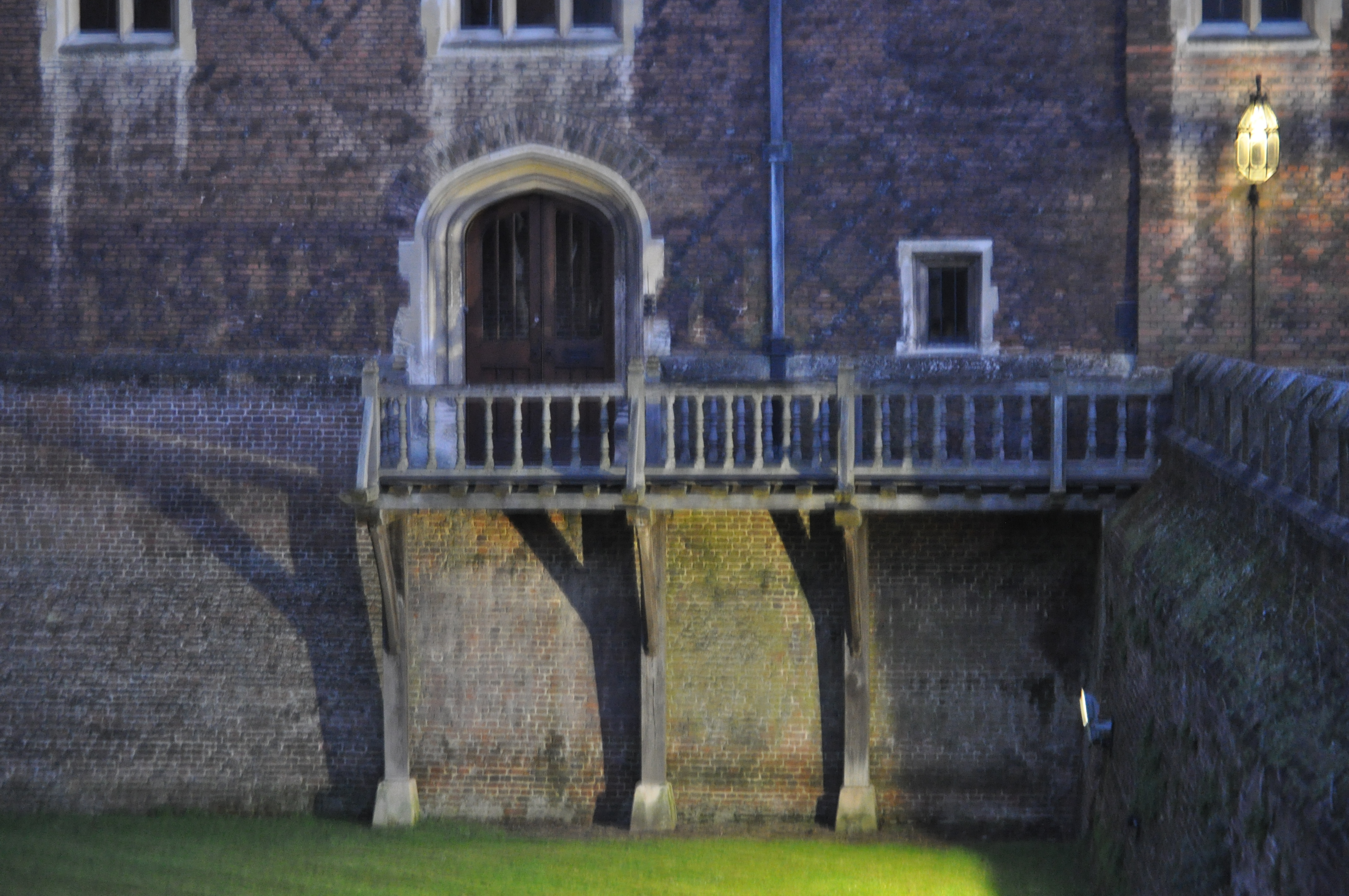 the woman in grey a hampton court ghost story kate