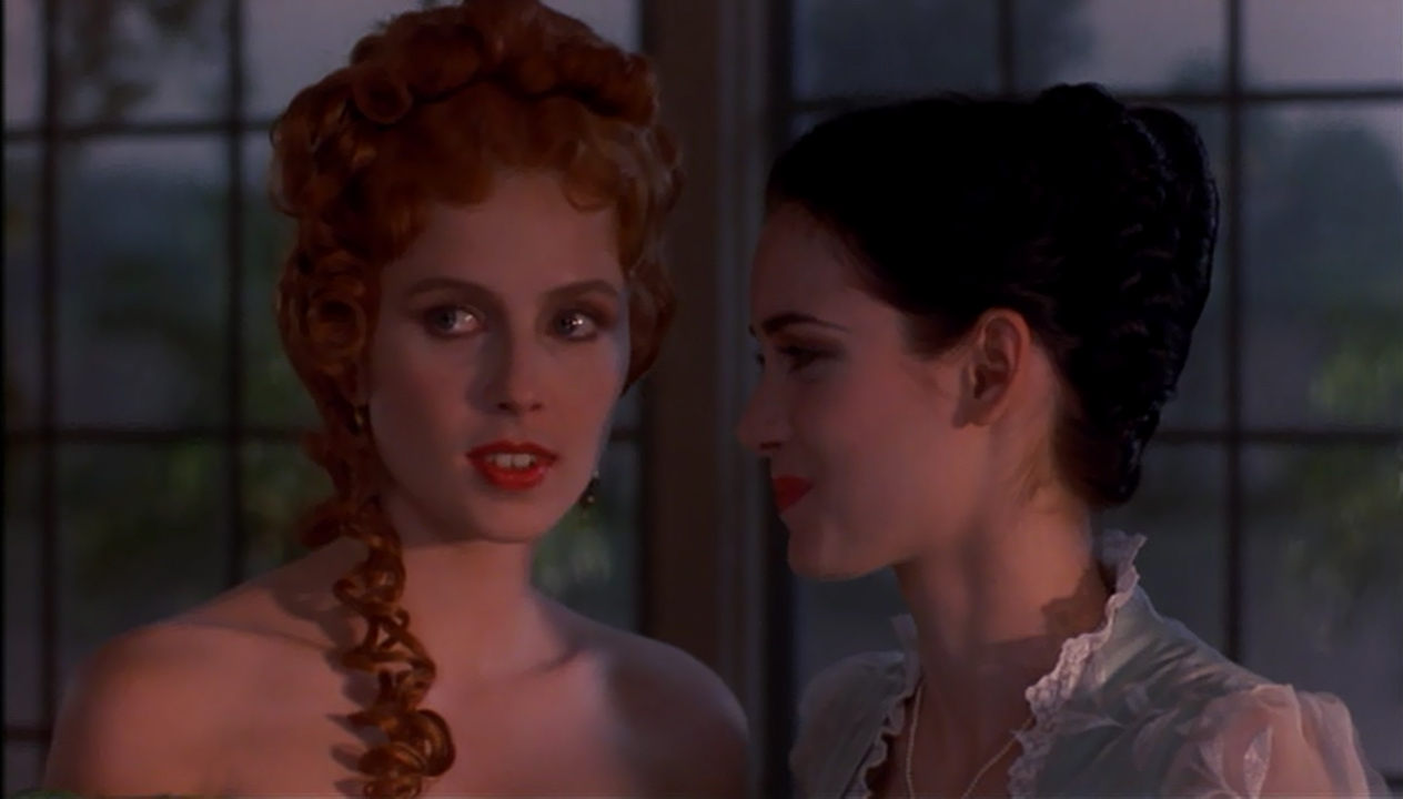 mina and lucy in dracula The emancipation of mina the portrayal of mina in stoker's dracula and coppola's bram stoker's dracula 10 pages generally, mina and lucy are the women of dracula upon whom the men project the ideals of victorian womanhood (rosenberg 8) at the time dracula was written.