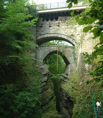 picture via devilsbridgefalls.co.uk