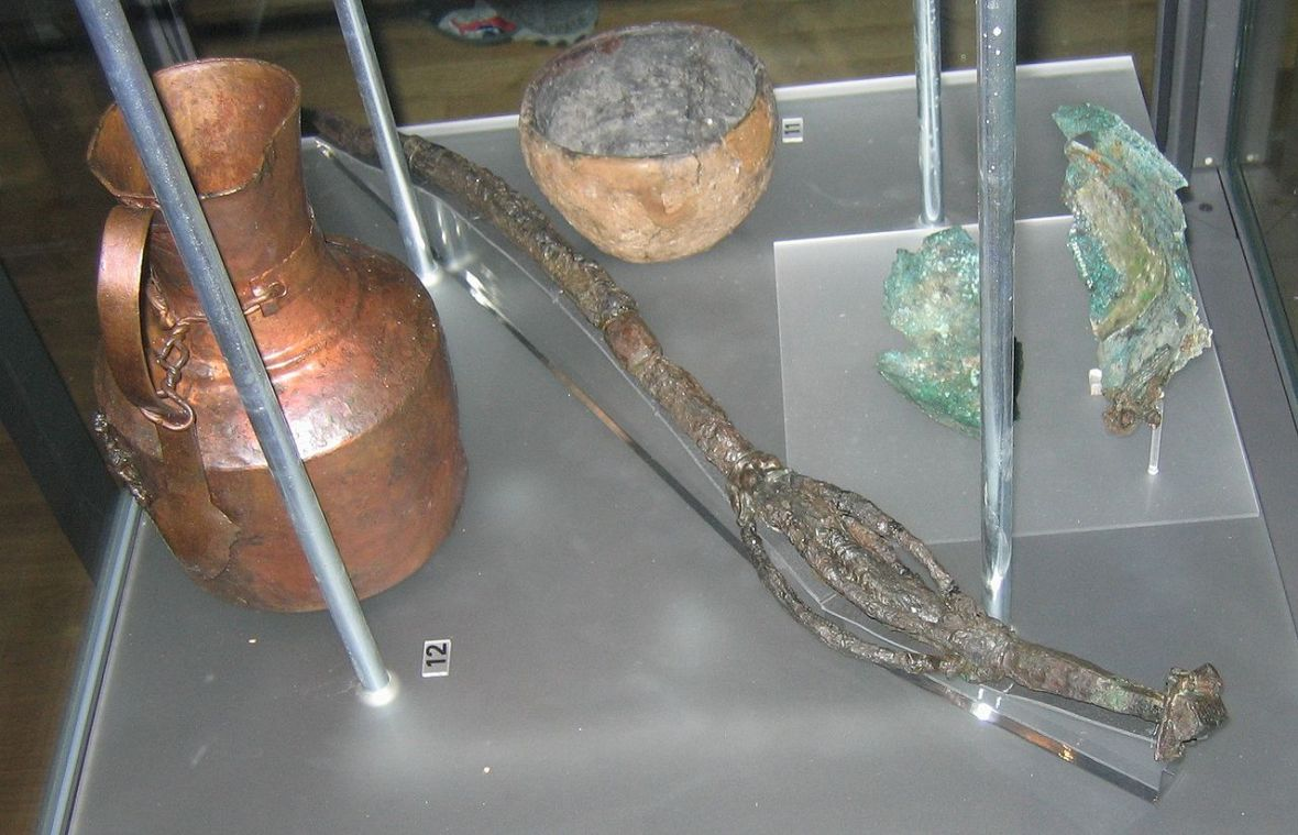 Image from Wikipedia: Information |Description=finds from the grave of a pagan priestess on Öland.  Credit: Berig